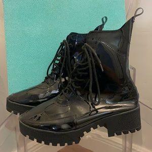 CAPE ROBBIN DASHING Patent Leather Platforms 8